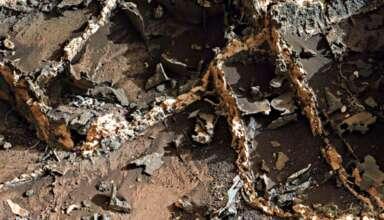 ruinas edificio marte 384x220 - Descubren antiguas ruinas de un edificio en Marte