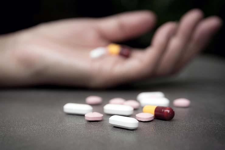 drogas agua potable - Científicos proponen agregar drogas psicoactivas al agua potable para disminuir los suicidios