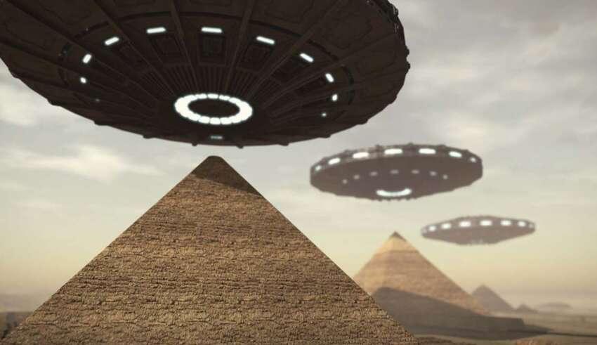 elon musk piramides egipto 850x491 - Elon Musk afirma que los extraterrestres construyeron las Pirámides de Egipto