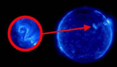 numero dos sol 384x220 - Una imagen de la NASA muestra el numero dos en la superficie del Sol, ¿mensaje extraterrestre?
