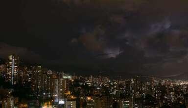 sonidos apocalipticos colombia 384x220 - Miles de personas escuchan sonidos apocalípticos en una ciudad de Colombia