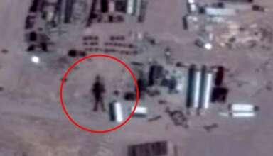 robot area 51 384x220 - Descubren un robot extraterrestre de 16 metros de altura en el Área 51