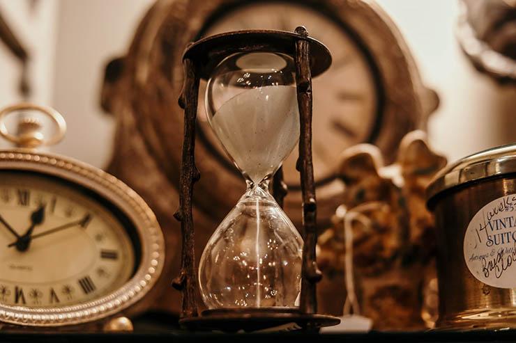 viajar tiempo y sin paradojas - Un estudiante de física demuestra que es posible viajar en el tiempo y sin paradojas