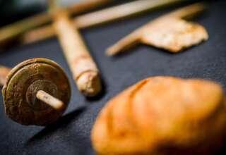 turista objetos malditos 320x220 - Turista devuelve objetos 'malditos' que robó en Pompeya después de 15 años de mala suerte