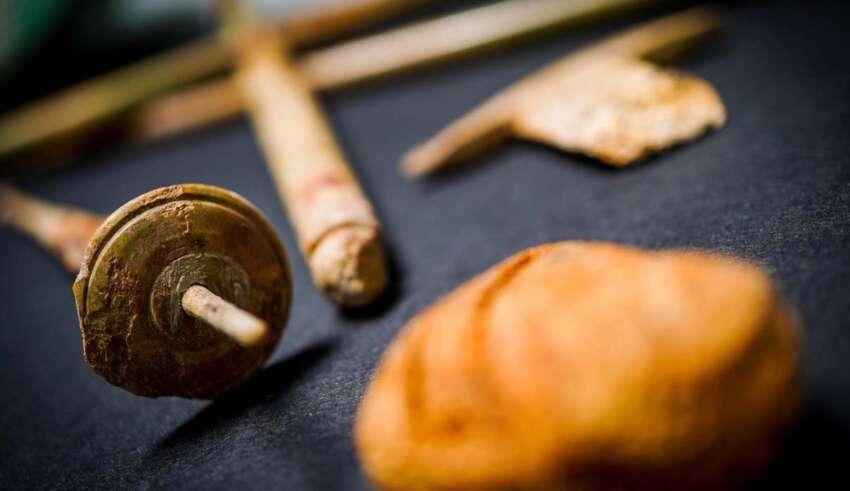 turista objetos malditos 850x491 - Turista devuelve objetos 'malditos' que robó en Pompeya después de 15 años de mala suerte