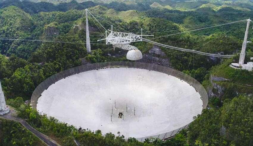 arecibo misterioso accidente 850x491 - El radiotelescopio de Arecibo vuelve a sufrir un misterioso accidente, ¿qué quieren ocultar?