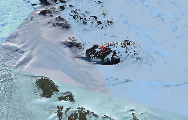 base extraterrestre antartida - Imagen de satélite muestra la entrada a una base nazi o extraterrestre en la Antártida