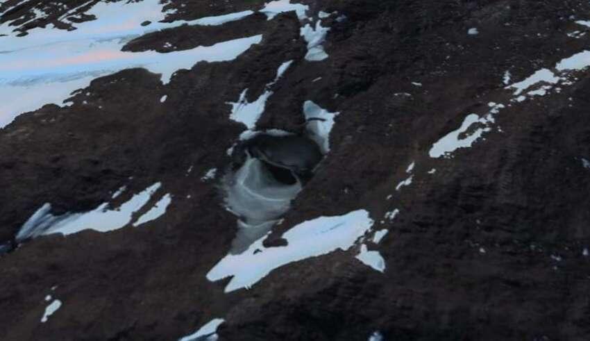 base nazi extraterrestre antartida 850x491 - Imagen de satélite muestra la entrada a una base nazi o extraterrestre en la Antártida