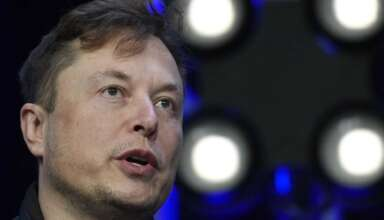 pandemia coronavirus gran mentira 384x220 - Elon Musk asegura que la pandemia de coronavirus es una gran mentira