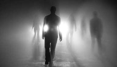 personas fallecidas mas alla 384x220 - Soñar con personas fallecidas, ¿mensajes desde el más allá?