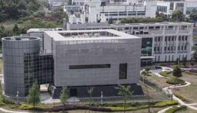 coronavirus laboratorio de wuhan 384x220 - La OMS ahora no descarta que el coronavirus escapara del laboratorio de Wuhan
