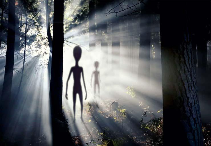 ovnis extraterrestres - El ex director de Inteligencia Nacional revela que Estados Unidos tiene evidencia de que los ovnis son extraterrestres