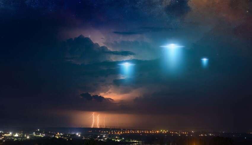 ovnis son extraterrestres 850x491 - El ex director de Inteligencia Nacional revela que Estados Unidos tiene evidencia de que los ovnis son extraterrestres