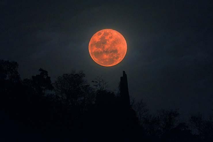 luna fin tiempos - La luna de sangre del 26 de mayo, ¿señal del fin de los tiempos?