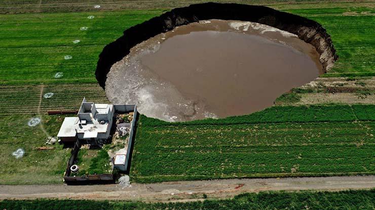 gigantesco agujero mexico - Aparece un enorme y gigantesco agujero en México que no para de crecer