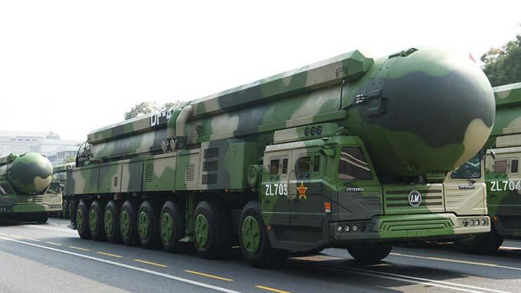 china misiles nucleares - ¿Preparándose para la Tercera Guerra Mundial? China construye más de 100 nuevos silos para misiles nucleares