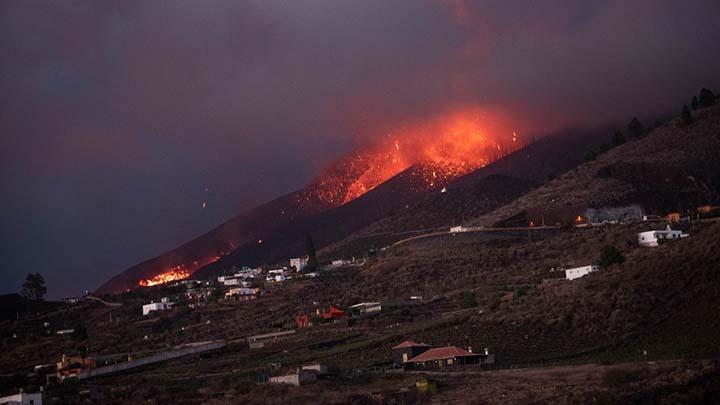cumbre vieja catastrofe mundial - Investigadores advirtieron en agosto que volcanes como el Cumbre Vieja pueden provocar una catástrofe mundial
